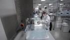 Nuevas etiquetas con advertencias en implantes mamarios