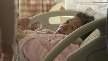 """Médica retirada de 67 años da a luz en China después de """"embarazo natural"""""""