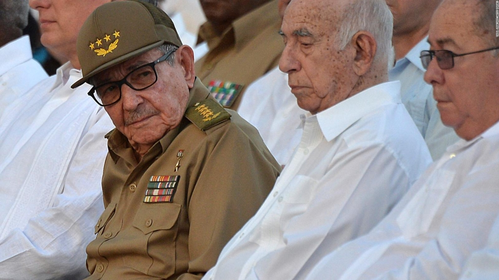 ¿Cómo se beneficia Cuba de influenciar a otros países en la región?