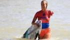 Bethany Hamilton, de ser mordida por un tiburón, a campeona nacional de surf