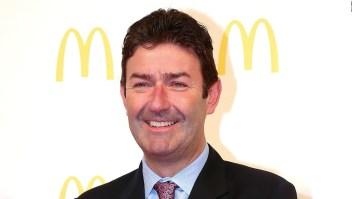 ¿Por qué despidieron al presidente de McDonald's?