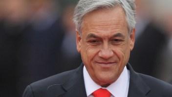 Piñera analiza reformar la Constitución