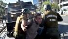 """Investigan a 14 carabineros por la """"tortura"""" de dos personas"""