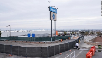 November 12, 2019, El Paso, Texas: Fencing blocks the site where a makeshift memorial existed following the Walmart shooting in El Paso, Texas. The makeshift memorial was moved to a nearby park in preparation of the store's reopening later this week. (Credit Image: ?? Joel Angel Juarez/ZUMA Wire)