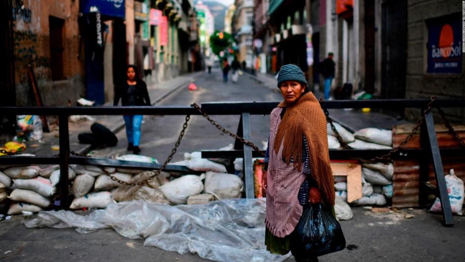 Bolivia: ¿Cuáles son las esperanzas de que regrese la estabilidad con un gobierno interino?
