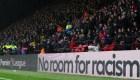 ¿Cómo combatir el racismo en el fútbol? Lo hablamos con una exfigura del Manchester Utd.