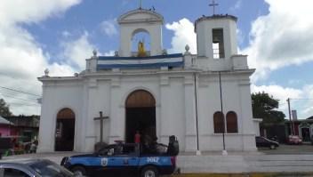 Más de 100 policías rodean iglesia en Masaya, Nicaragua
