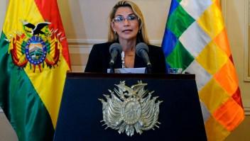 Jeanine Áñez se reúne con misión de la OEA