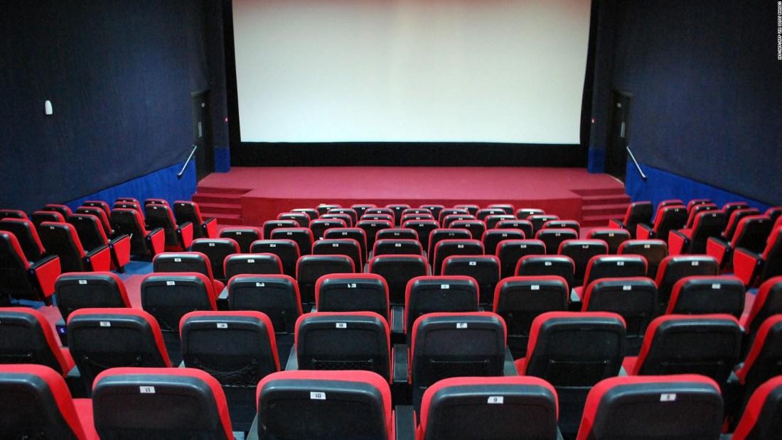 ¿Peligran las empresas de salas de cines?