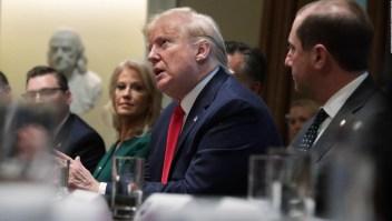 Trump baja el tono a su promesa de regular vaporizadores