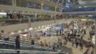 Prohibirán envases plásticos en el aeropuerto de Dubai