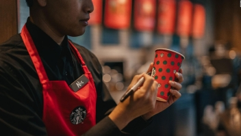 Starbucks estará regalando café