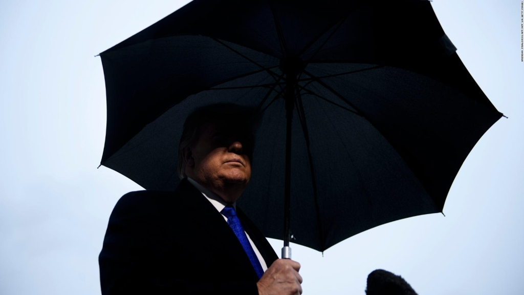 Trump no participará en audiencia de juicio político
