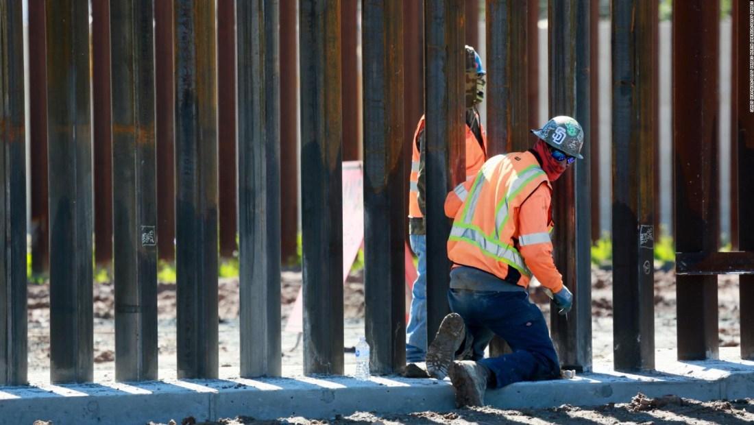 Juez detiene construcción de un muro fronterizo en Texas