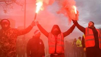 Breves económicas: Francia paralizada por protestas