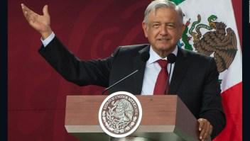 La reunión privada entre López Obrador y William Barr