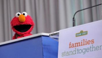 "Elmo: ""Sí siempre estás contento nunca estás triste"""