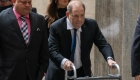Jueza impone US$5 millones de fianza a Harvey Weinstein