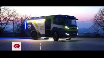Un camión de bomberos eléctrico