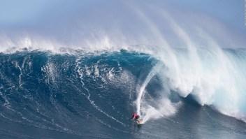 ¿Te animarías a surfear una ola de 15 metros?