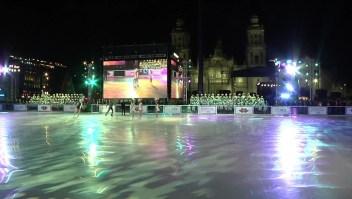 Abren pista de hielo en Ciudad de México