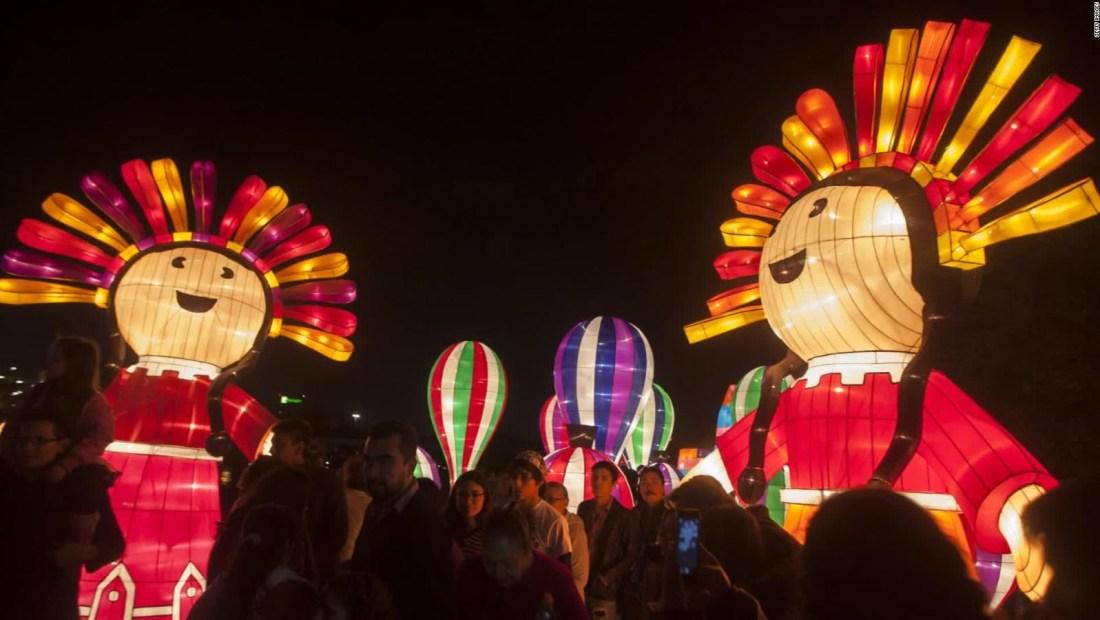Inician festejos previos a la navidad en Latinoamérica