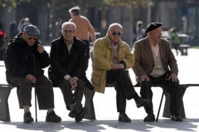 """""""En Argentina hay 6 de cada 10 personas que dicen que la vejez empieza cuando se comienza a deteriorar la salud"""". (Foto de Télam)."""