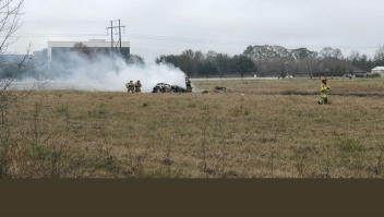 Lafayette plane crash scene louisiana accidente avión