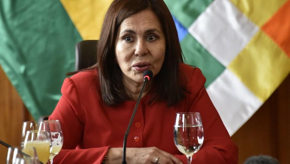 Karen Longaric
