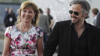 Norways princess Maertha Louise (L) and her husband Ari Behn arrive for the Eurovision Song Contests at the Telenor Arena in Baerum, near Oslo, Norway on May 29, 2010. The 55th annual competition was expected to be watched by more than 120 million viewers in 39 European countries but also in Burma, Australia and New Zealand, organisers said. AFP PHOTO DDP / NIGEL TREBLIN GERMANY OUT (Photo credit should read NIGEL TREBLIN/DDP/AFP via Getty Images)