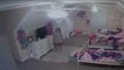 Extraño hackea cámara Ring y le habla a una niña de ocho años en su cuarto hciéndose pasar por Santa Claus