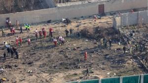 ¿Cuántos misiles impactaron al avión ucraniano en Irán?