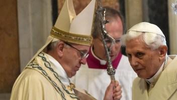 Benedicto XVI no concuerda con Francisco sobre celibato
