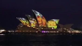 Ópera de Sydney homenajea a los bomberos australianos