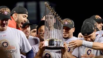 Los Astros reciben sanción por robo de señas