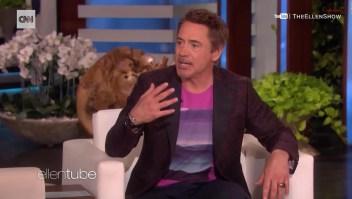 """Niño empieza a hablar gracias a máscara de """"Iron Man"""""""