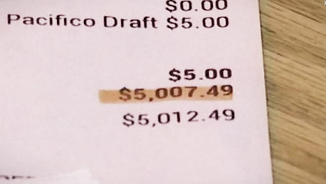 Dejó US$ 5.000 de propina por error
