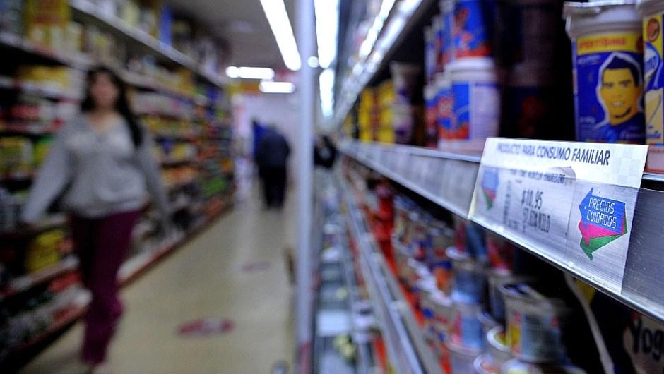 Precios Cuidados: alertan sobre el bajo nivel nutricional de la nueva canasta. (Foto de Télam).