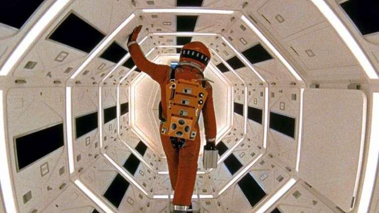 Un clásico como '2001: Odisea del espacio', una trama misteriosa con 'No te metas con los gatos' y 'Veinte millones', una comedia de lujo