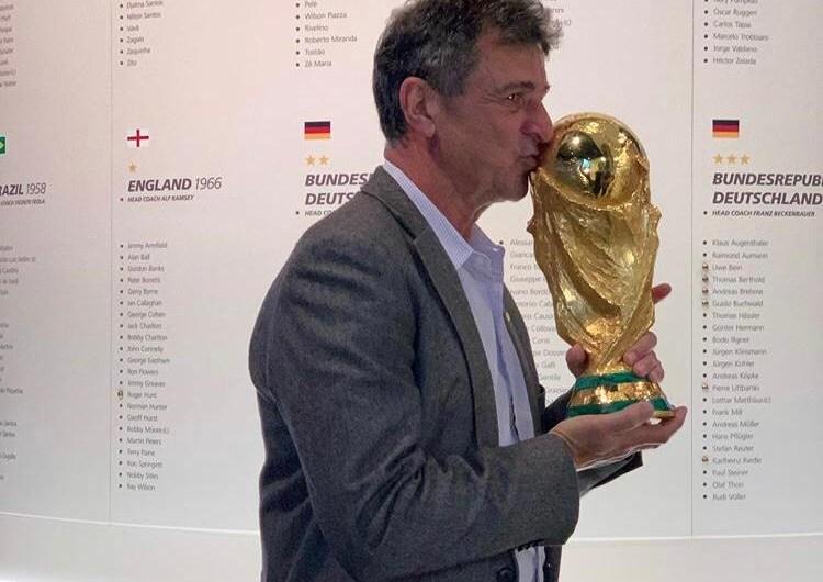 """Mario Kempes: """"Toqué la que para mí es la verdadera Copa"""""""