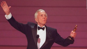 Murió el actor Kirk Douglas: repasa su historia en Hollywood