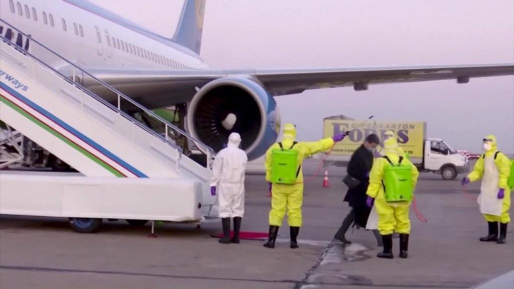 Así reciben los países a los evacuados por el coronavirus