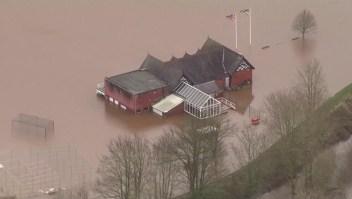 Tormenta Ciara deja un muerto e inundaciones en Reino Unido
