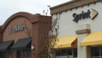 Acciones de Sprint se disparan tras aprobación de fusión con T-Mobile