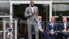 LeBron James: 193 becas universitarias para alumnos de su escuela