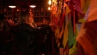 Este bar es un refugio para corazones rotos