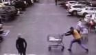 Ayuda a atrapar a un sospechoso con un carrito de compras