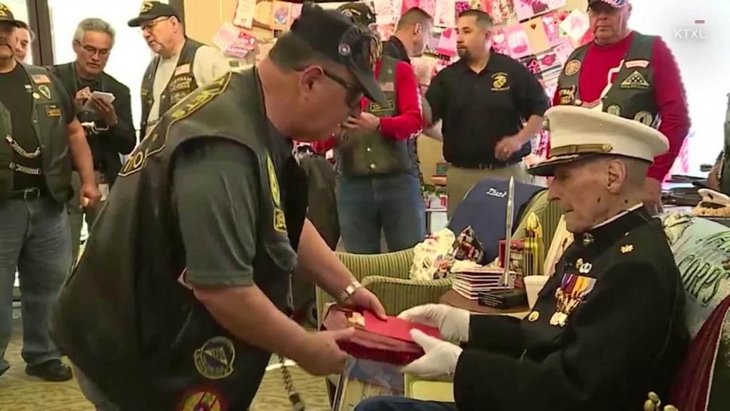 Veterano recibe 300.000 mensajes de San Valentín