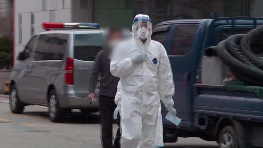 Se triplican casos de coronavirus en Corea del Sur