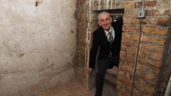 Descubren una puerta secreta en el parlamento británico
